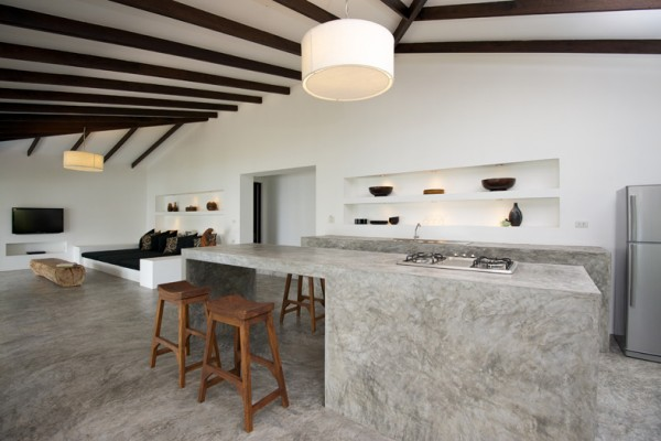 Inspiring-Modern-Home-Design-Using-Polished-Concrete-Floor-4-600x400