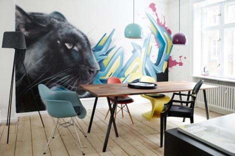 cool-apartment-interior-graffiti-style-art-1